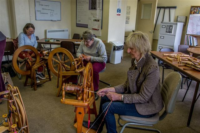 3-ladies-spinning
